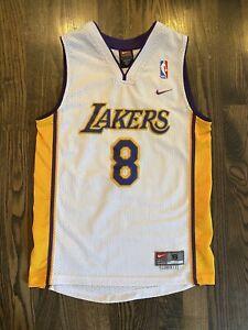 Vintage Nike KOBE BRYANT #8 Los Angeles LA Lakers Jersey Youth Small (6/8)