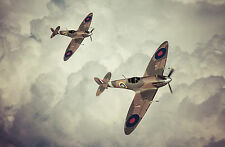 SUPERB Flying Spitfire Aeroplanes Canvas #657 Quality Framed Picture A1