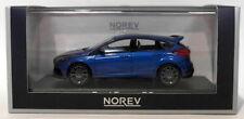 Modellini statici auto blu con supporto