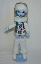 Monster High Abbey Bominable Basic 1st Wave muñeca con soporte Doll w/Stand