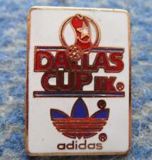 IX th  DALLAS CUP FOOTBALL SOCCER FUSSBALL USA 1988 PIN BADGE