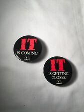 "Stephen King ~ IT ~ 1986 ~ Original Viking Book 2"" Button Promo Pins ~ Set of 2"