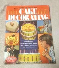 1979 WILTON CAKE DECORATING YEARBOOK Pan Instructions Learning Decorate Catalog