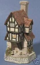 Beekeeper's Cottage - David Winter Cottages - Retired 1992 - Mint Condition