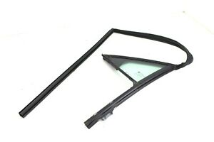 2008-2014 Cadillac Cts Sdn Rear Right Side Door Window Quarter Corner Glass Seal