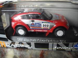 Mitsubishi Pajero Evolution 2004 Paris Dakar Rallye Rennwagen1:43 Peterhansel