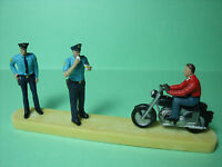 4  FIGURINES  1/43  SET 119  POLICE  CONTROLE  ROUTIER   VROOM  UNPAINTED