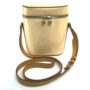LOUIS VUITTON M91298 Monogram Vernis Sullivan-Vertical Pochette Shoulder Bag