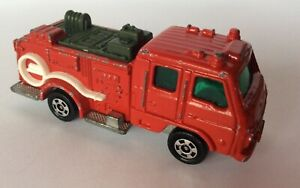 TOMICA NISSAN UD CONDOR CHEMICAL FIRE ENGINE 1/90 SCALE MADE IN JAPAN VINTAGE