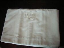 drap en métis blanc ancien brodé main monogramme AL