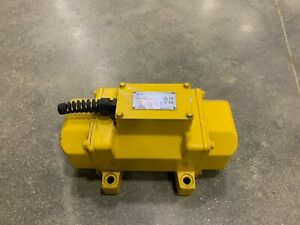 NEW Atlas Copco External Concrete Vibrator ER 505 230-400V 60Hz 4812050950