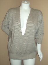 Size XL apostrophe w/ Low V neck 3/4 sleeve Light weight Sweater