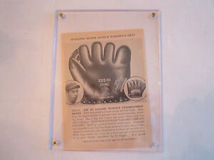 1938  JOE DI MAGGIO SPALDING GLOVE MODEL AD ON FRONT & LEAGUE SCHEDULE ON BACK