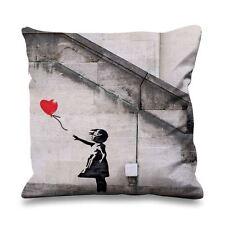 Banksy fille avec ballon coeur en soie synthétique 45cm x 45cm canapé coussin-rouge ballons