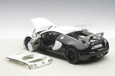 Autoart BUGATTI VEYRON SUPER SPORT PUR BLANC EDITION 1/18 Scale. New! In Stock