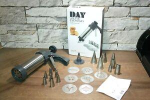 Gebäckspritze Kekspresse mit vielen Aufsätzen und Spritzdüsen Spritztüllen