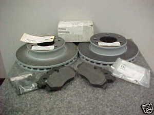 For Dodge Freightliner Mercedes Sprinter 2500 3500 2002-06 Front Brake Pads