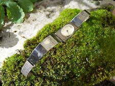Ancienne montre de femme vintage métal argenté fonctionne marquer Aile