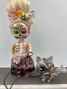 """OOAK Kelly size Day Of The Dead 5"""" Doll w/ Littlest Pet Shop Zombie Dog"""
