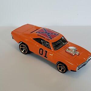 Hot Wheels  Dukes of Hazzard 1970 Dodge CHARGER R/T GENERAL LEE custom