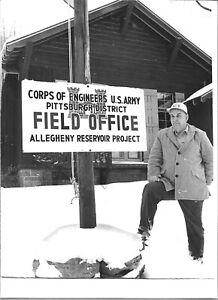1964 Press Photo Joseph Renouf Engineer Kinzua Dam Project Warren County PA 1993