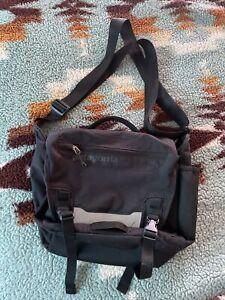 Patagonia Half Mass Laptop Messenger Bag Black Cycle Commuter Crossbody