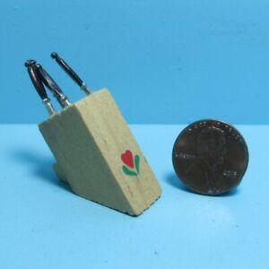 Dollhouse Miniature Wood Kitchen Knife Block with Handles ~ IM65407