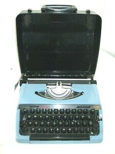 Vintage BROTHER Typewriter Charger 11 Blue Steel with Case Portable Japan