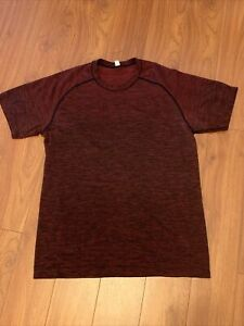 Lululemon Metal Vent Tech Performance Shirt Mens Medium Heathered Crimson Red