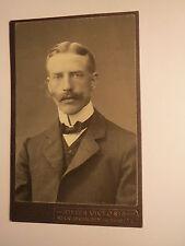 Recklinghausen - Mann mit Bart im Anzug - Portrait / CDV