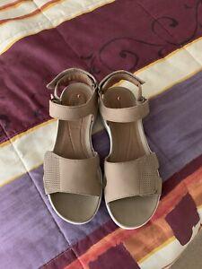 Clarks Ladies Leather Sandals size 5