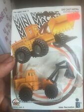 Mini macks hydraulic excavator 1989 zee toys diecast 1:64