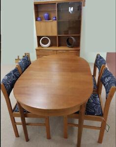 Superb Mid Century MCM Vintage McIntosh Teak Extending Dining Table & Chairs