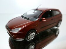 MINICHAMPS FORD FOCUS 1998 - METALLIC 1:43 - EXCELLENT CONDITION - 9