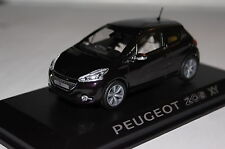 Peugeot 208 XY 2012 purple night 1:43 neu & OVP