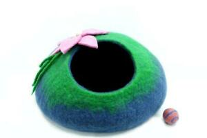 Felted Cat Cave - Designing Cat House - Cozy Cat House - Wool Modern Cat Cave