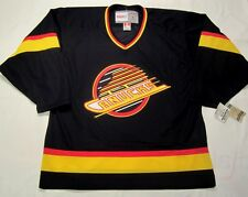VANCOUVER CANUCKS - size LARGE - CCM 550 VINTAGE series Hockey Jersey - bnwt cdn