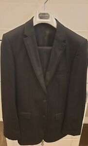 Uberstone Slim Fit Tuxedo/Dinner Suit, Good Condition, Jacket 36 R Pants 30 R
