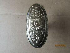 ancienne poignée de porte olive en bronze collection décoration art populaire