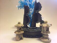 New listing Aquarium Fishtank Stone-Ceramic Ornaments Sunken Ship, Pillar,Light,Grass Lotof4
