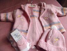 Nouveau Belle CLAYEUX Full costume, robe/manteau/chaussettes et chapeau. Âge 12/18 mois