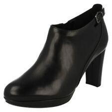 38 Stivali e stivaletti da donna spillo con tacco alto (8-11 cm)
