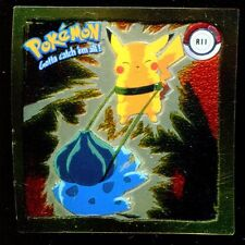POKEMON STICKER ENGLISH CARD 50X50 1999 GOLD N° R11 PIKACHU VS BULBASAUR