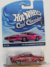 HOT WHEELS COOL CLASSICS - SPECTRAFROST #25/30 '65 VOLKSWAGEN FASTBACK