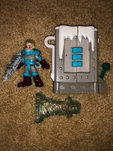 FISHER PRICE Imaginext MR FREEZE Figure Ice Chamber Gun Complete Set