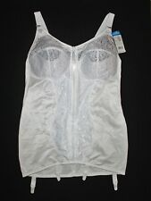 Naturana Corselette With Front Zip & 4 Suspenders 83244 Size 46D (105D) White