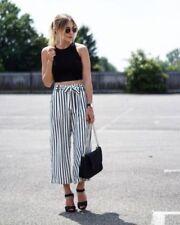 Zara Loose Fit Capri, Cropped Trousers for Women