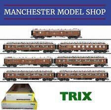 Trix 24793 & 24794 HO 1:87 CIWL Orient Express Passenger 7-Car Set BOXED NEW