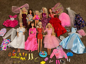 Vintage Barbie Doll Lot 80s, 90s Lots of 20 + Dolls Clothes Aladdin Ken  Beast