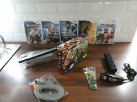 Nintendo Wii Mario Decal Console Bundle x5 Games x1 Wii Remote fast Postage